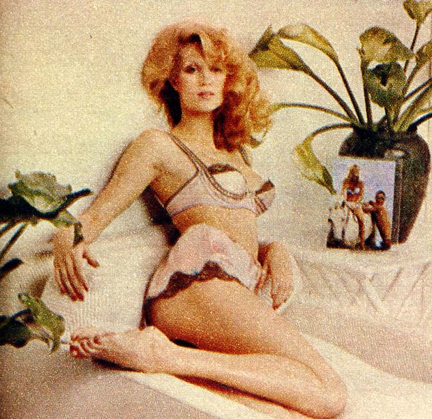 Connie Britton Bra - Hot Girls Wallpaper