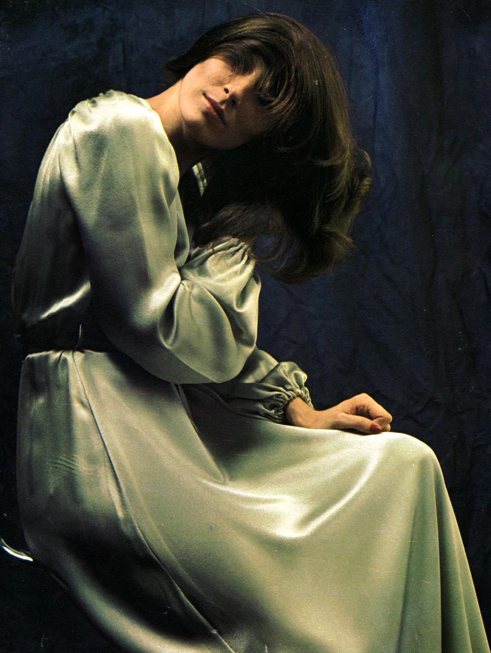 dressing-gowns-steve-hiett-flair-dec-71-1