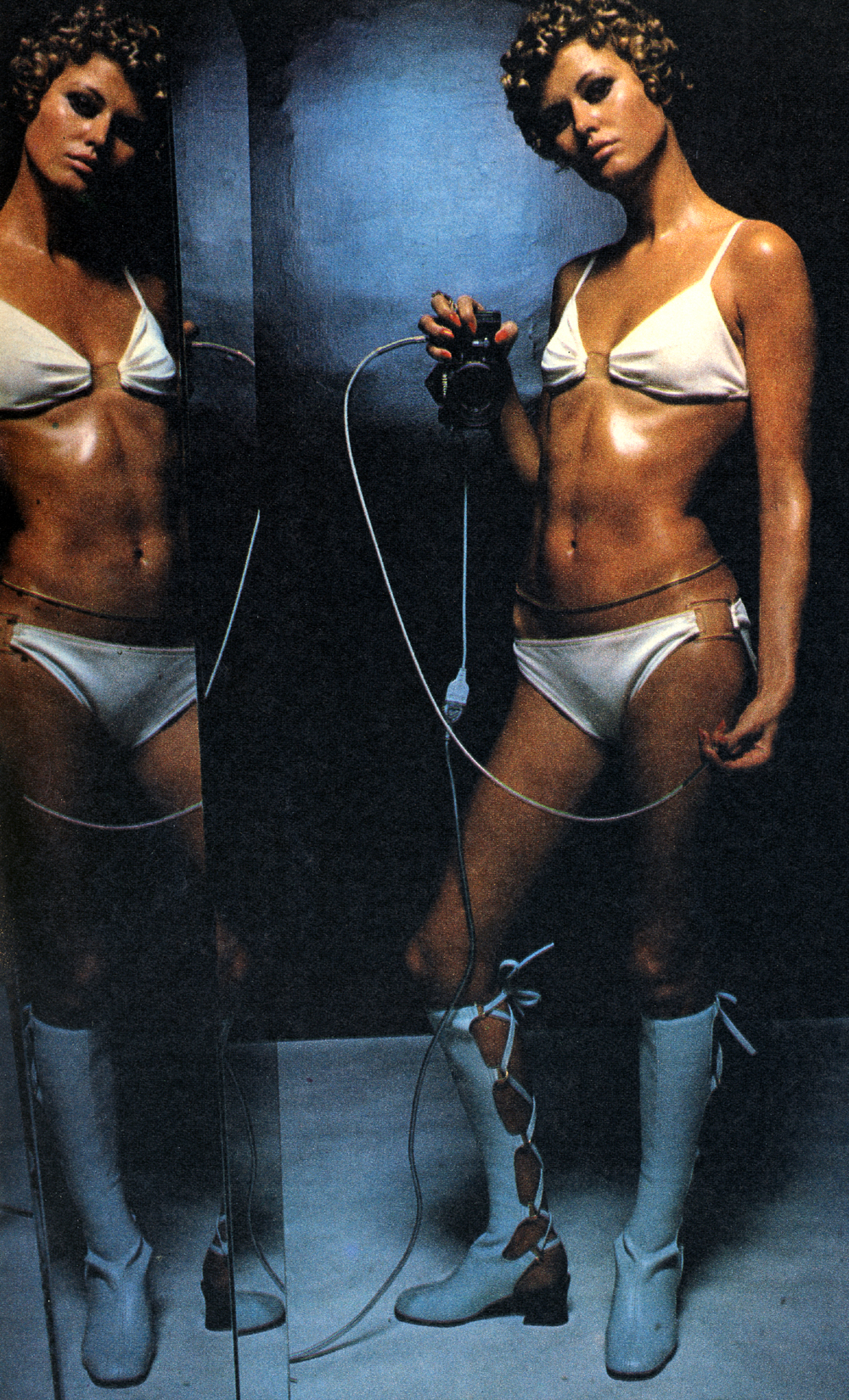 Mirror Mirror - Helmut Newton - Observer April 69 - 3