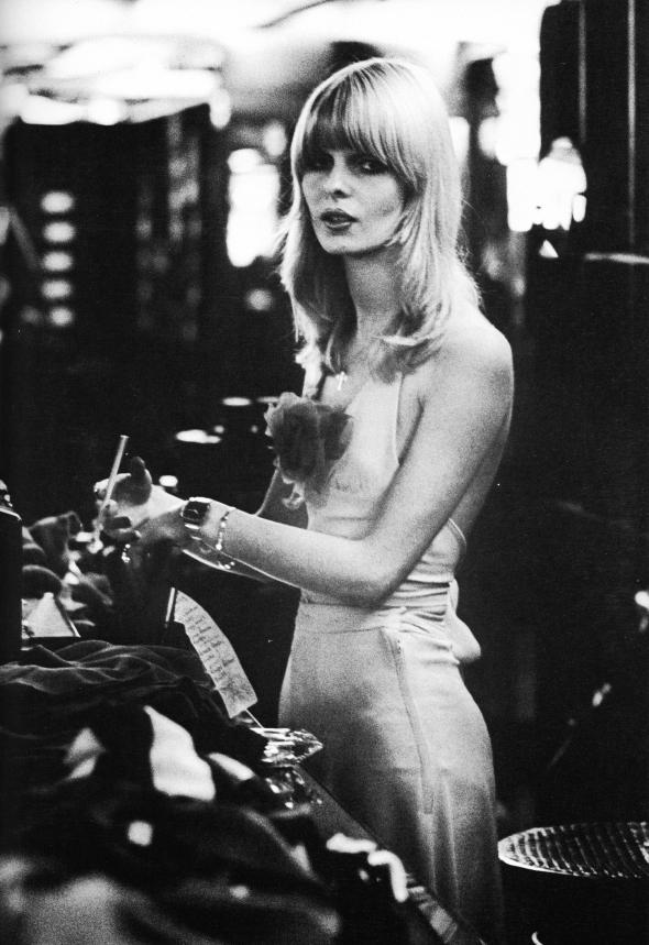 Kensington girl - Gerhard E Ludwig - 1974